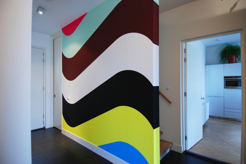 http://www.galeriewest.nl/information/news/09_01_Jan_van_der_Ploeg/wallpainting_257-1.jpg